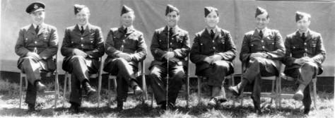 squadron leader mansbridge & crew 1944 (2)